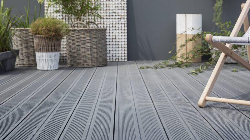 Mettre du parquet sur la terrasse de son jardin