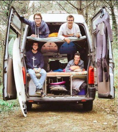 Aménagement d'un lit superposé dans un van