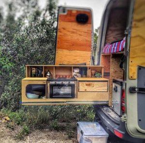 cuisine extérieure d'un van