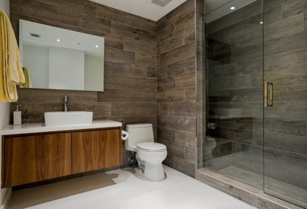 Salle de bain contemporaine modern vitrée