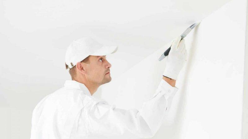 Peindre son plafond au rouleau sans faire de trace