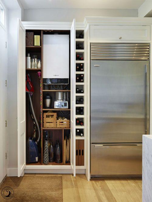 Chaudière cachée dans une armoire