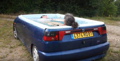 voiture piscine